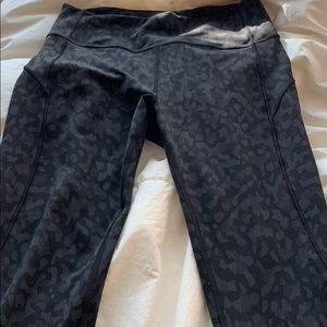 NWOT Lululemon in the movement legging